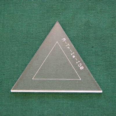 Acrylschablone Pretty & Useful gleichseitiges Dreieck 60°